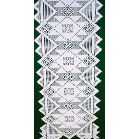 Quilts 14x72 White Table Runner Oxford House