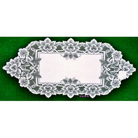 Table Runner Heirloom 14x33 White Heritage Lace