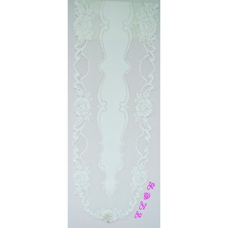 Table Runner Vintage Rose 14x62 White Heritage Lace