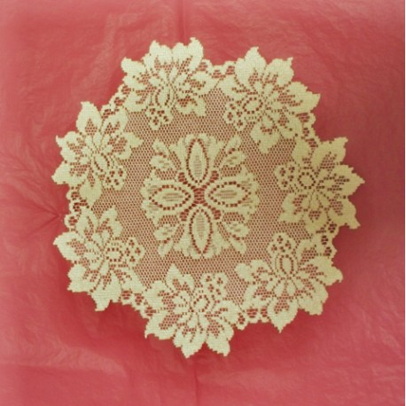 Savoy Doily Antique Gold 13 Round Set Of (2) Oxford House